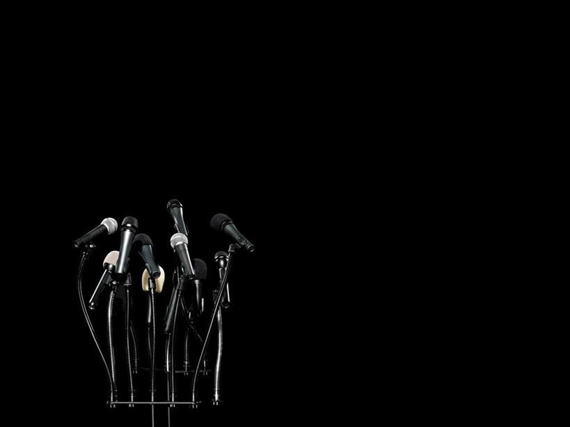 白天,正面,静物,许多,黑色背景,很多,话筒,摄影,影棚,麦克风,扩音器
