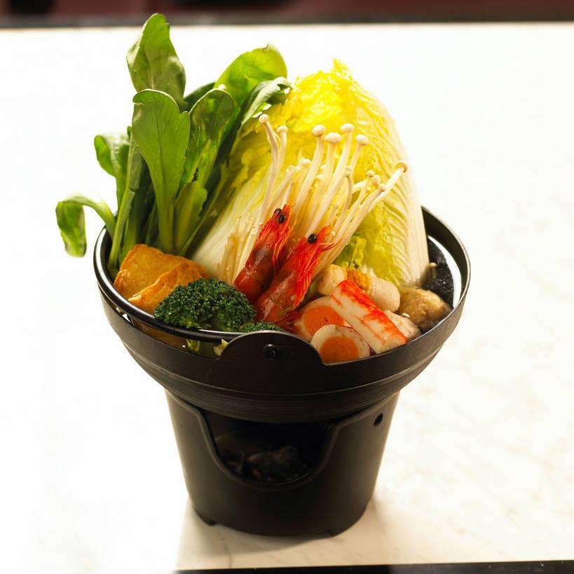 海鲜,无人,方图,俯视,室内,特写,白天,烹饪,餐桌,桌子,蔬菜,厨具,新鲜